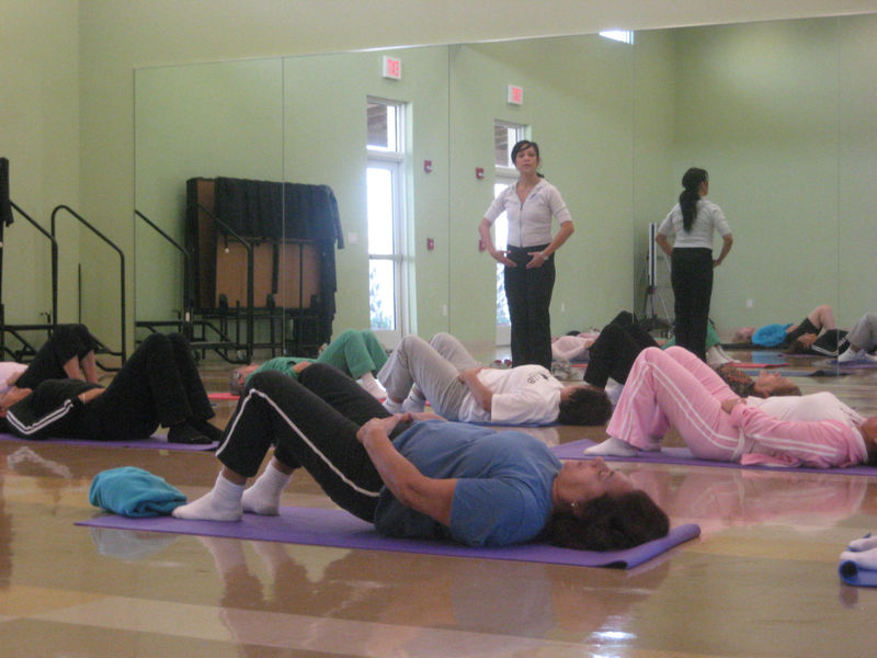 Pilates Seniors 1-09