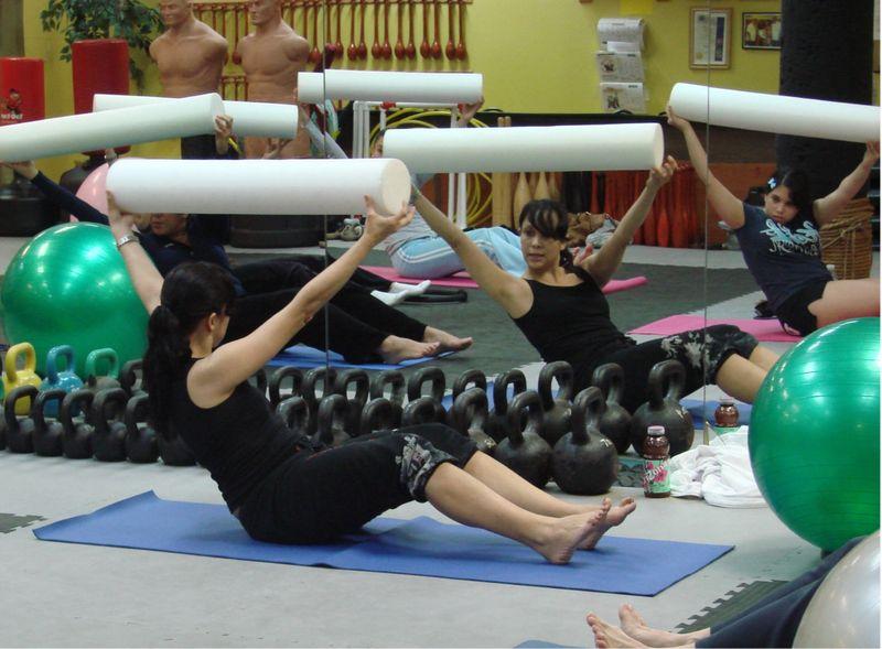 Pilates 2-09