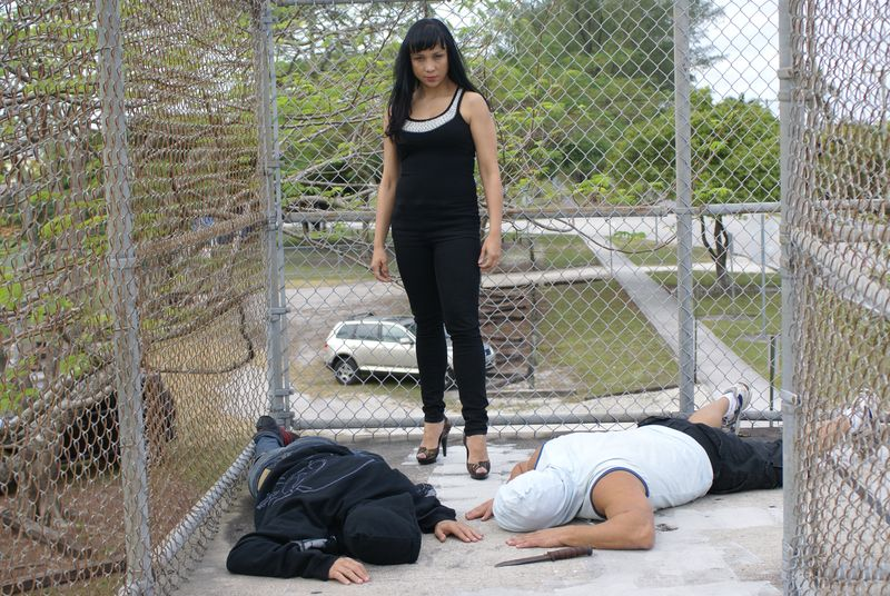 Krav Elena cage 12